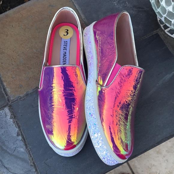 Newsteve Madden Hologram Sneakers Nwt